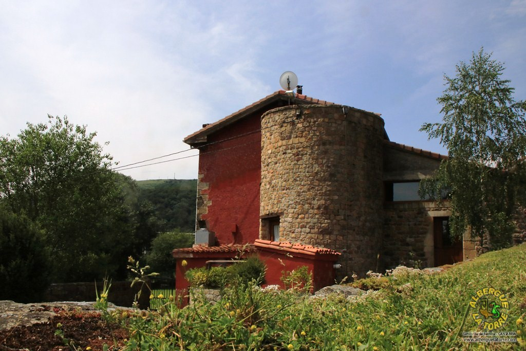 Albergue-la-torre-entrada1